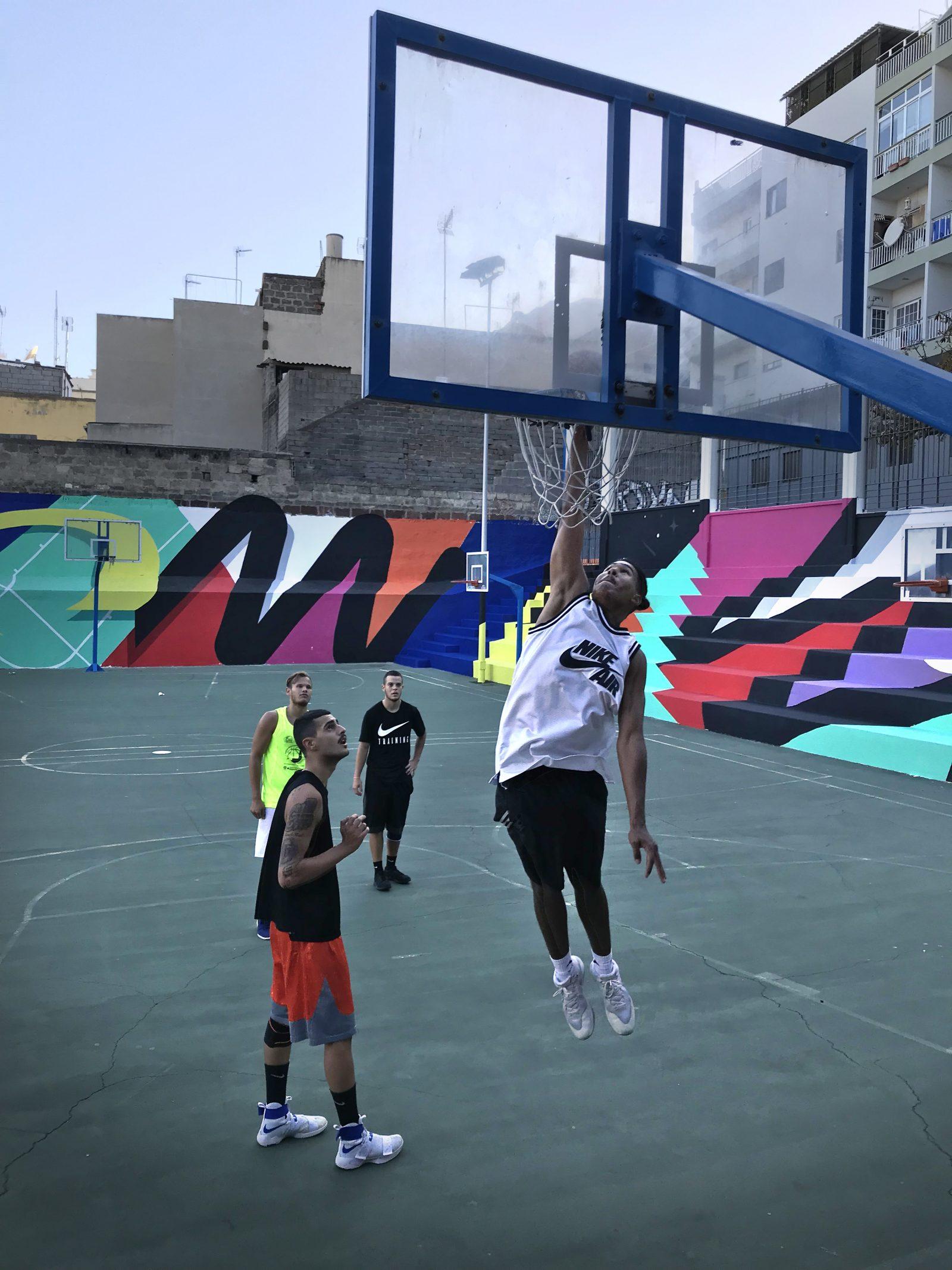 Iker Muro - Sports Courts 01